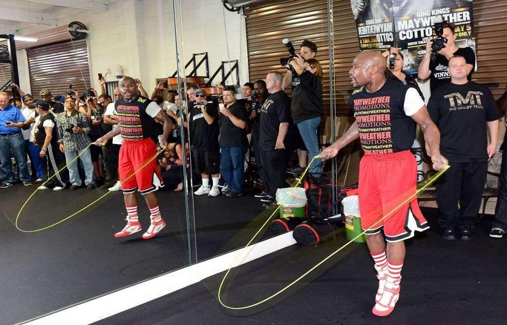 Floyd Mayweather Jump Rope Skills