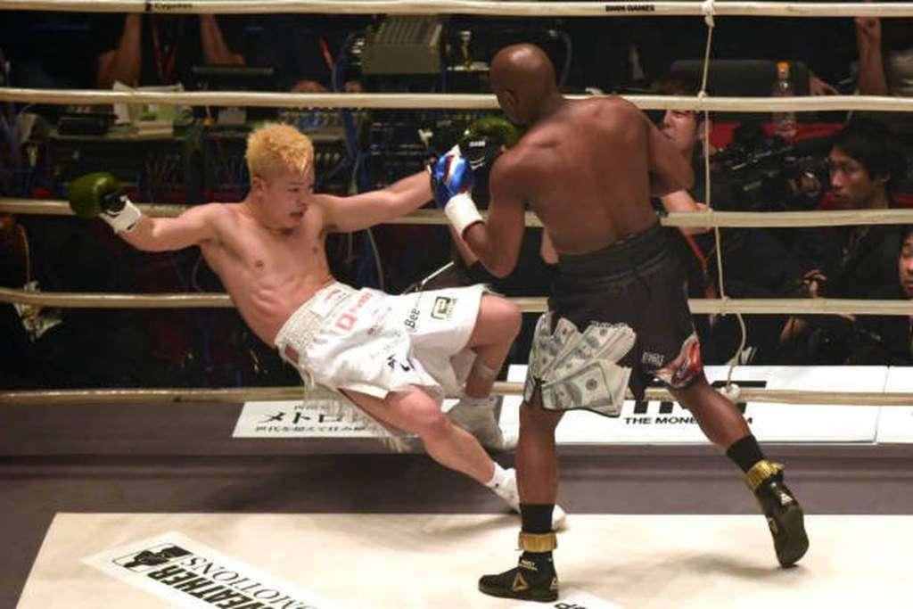 Mayweather and Tenshin Nasukawa